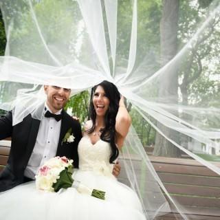 polaroids at your wedding lavimage wedding photography love couple montreal wedding photographers