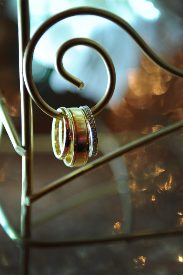 spring wedding trends love rosegold wedding accents love couple wedding photography montreal new york city NYC best wedding photos wedding trends 2016