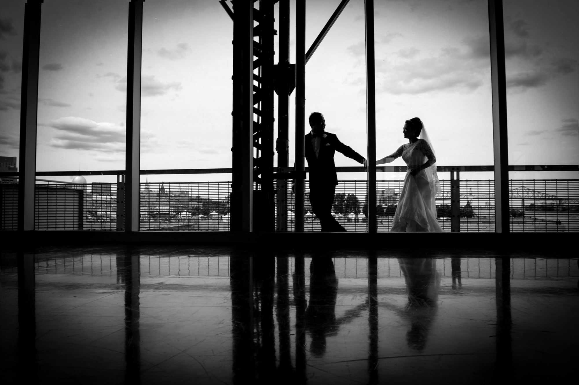 silhouettes, montreal wedding, black and white photography, la v image